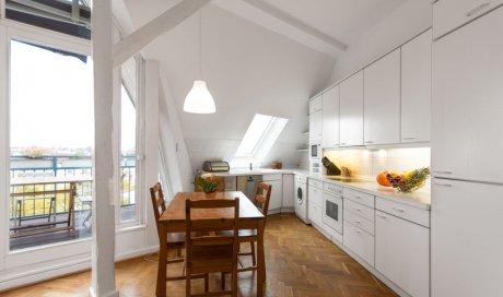 Concepteur de cuisine sur mesure dans maison neuve à Annecy