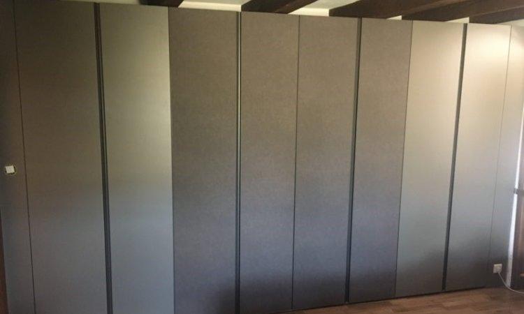 dressing design portes cuir à Annecy