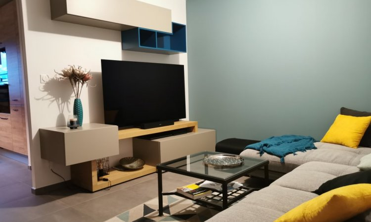 conception et installation de meuble tv sur Annecy
